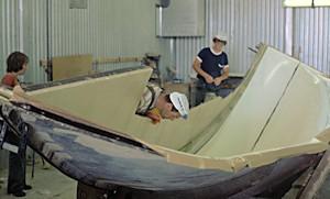 Plastning av båt